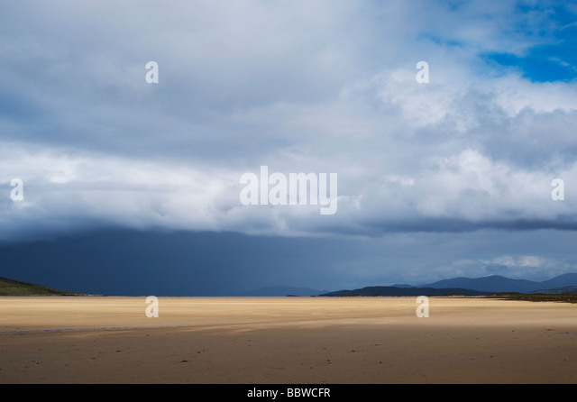 Rain storm and clouds over Traigh Scarista beach, Isle of Harris, Outer hebrides, Scotland - Stock Image