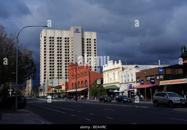 A view of North Terrace, Adelaide. On the south side of the street, the buildings vary from colonial to ultra-modern - Stock-Bilder