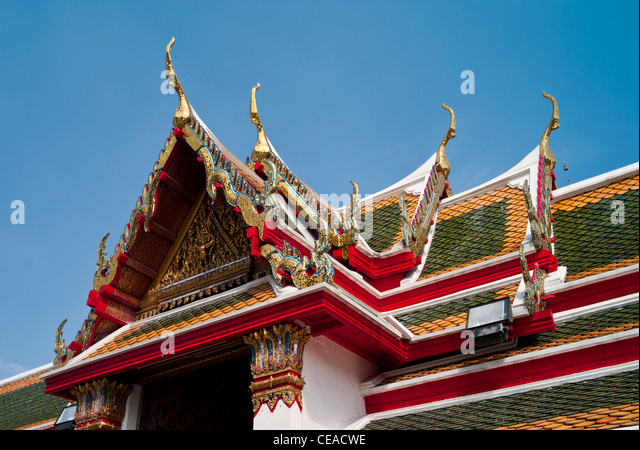 Roof Detail, Wat Arun Temple, or the Temple of the Dawn, Bangkok, Thailand. - Stock Image