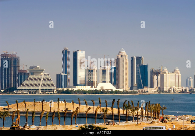 Qatar Doha bay skyline construction - Stock Image