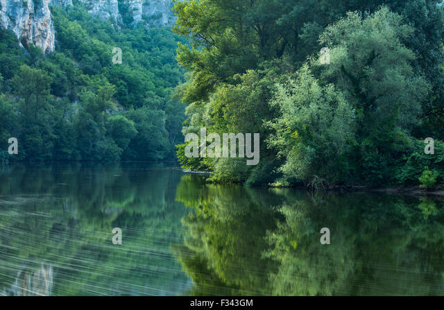 the River Lot at Vers, Quercy, France - Stock-Bilder