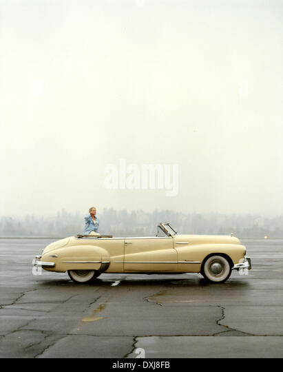 THE BUICK (NOR 1991) MOTORCAR 1950s Picture from the Ronald - Stock Image