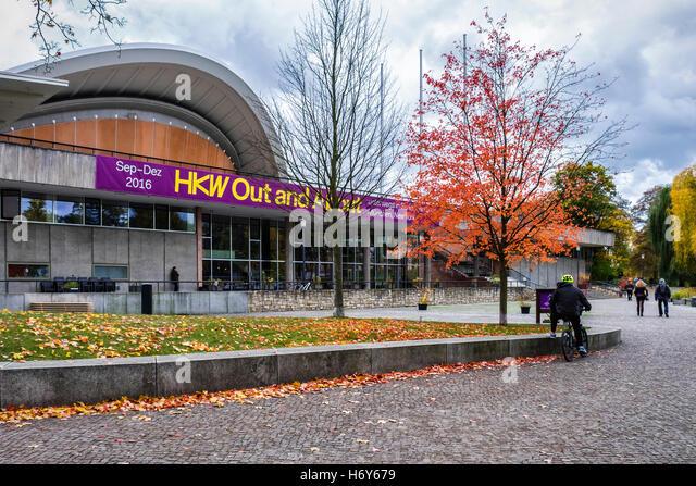 HKW, Haus der Kulturen der Welt, House of the Cultures of The World congress hall and cultural venue in Autumn, - Stock-Bilder