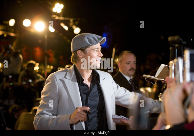 Beo Wulf  - European film premiere London leicester sqaure, brad pitt with angelina jolie. - Stock Image