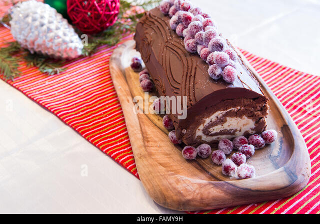Buche de noel stock photos buche de noel stock images alamy - Buche de noel decorations ...