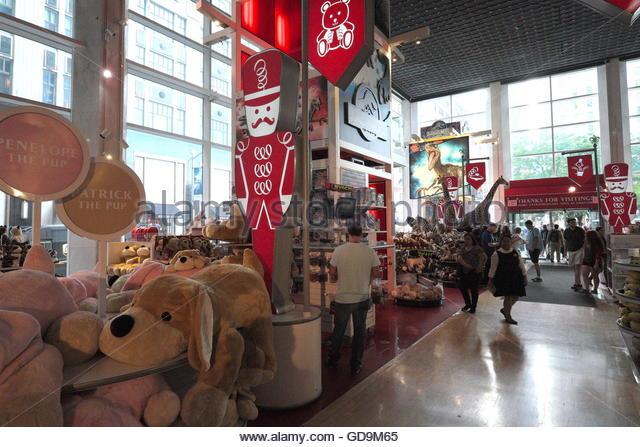 Fao Schwarz Toy Store Stock Photos Amp Fao Schwarz Toy Store