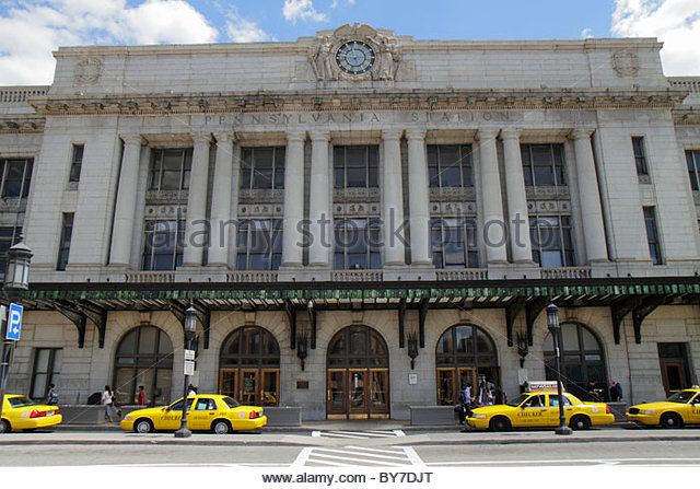 Baltimore Maryland Penn Station train rail transportation Beaux-Arts architecture Kenneth MacKenzie Murchison clock - Stock Image