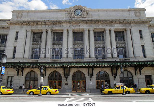 Maryland Baltimore Penn Station train rail transportation Beaux-Arts architecture Kenneth MacKenzie Murchison clock - Stock Image