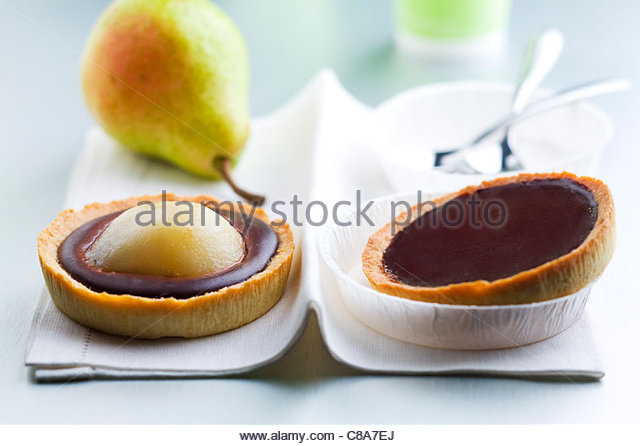 Chocolate and pear tartlet - Stock Image