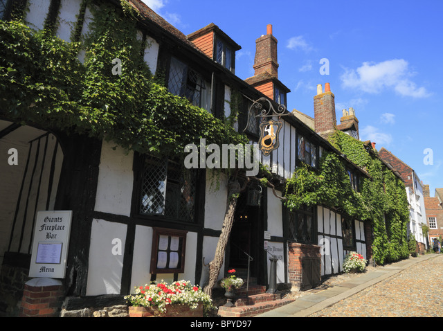 The historic Mermaid Inn at Rye, one of the oldest Inns in England. - Stock Image