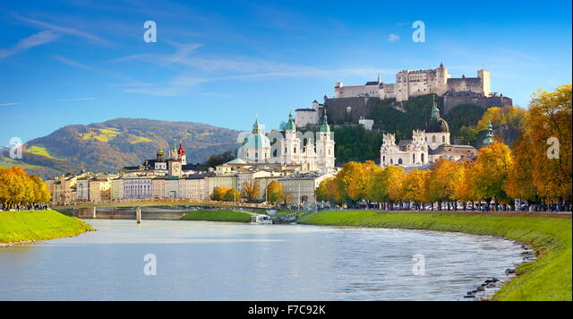 Panoramic view of Salzburg castle and Old Town, Austria - Stock-Bilder