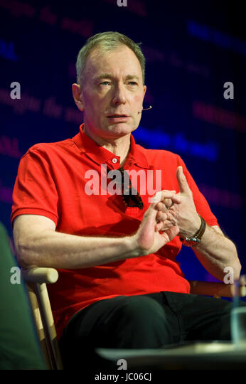 Tony Parsons novelist speaking on stage at Hay Festival 2017 Hay-on-Wye Powys Wales UK - Stock Image