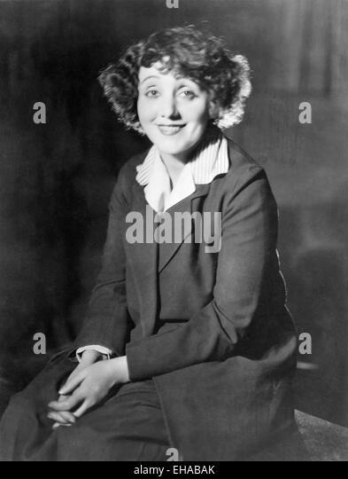 Laurette Taylor, Smiling Portrait, 1924 - Stock-Bilder