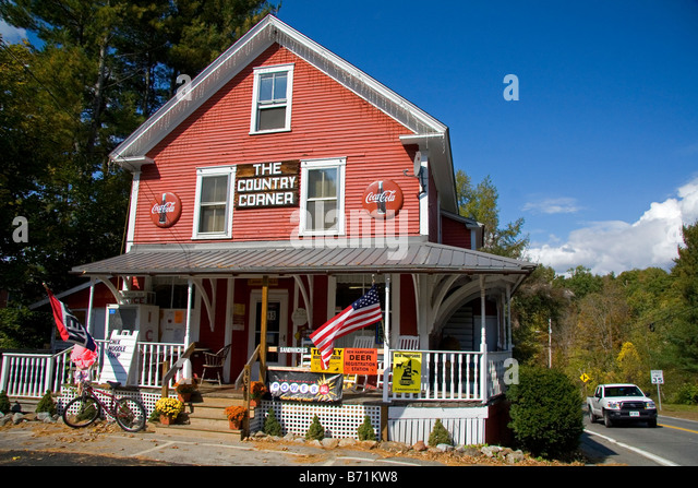 Country store new england stock photos country store new for The country corner