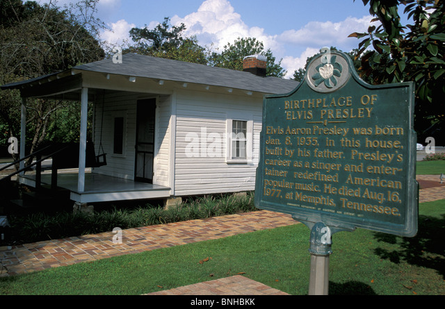 Usa Tupelo Mississippi Elvis Presley Birthplace Birth House Sign Information Music Culture United States of America - Stock Image