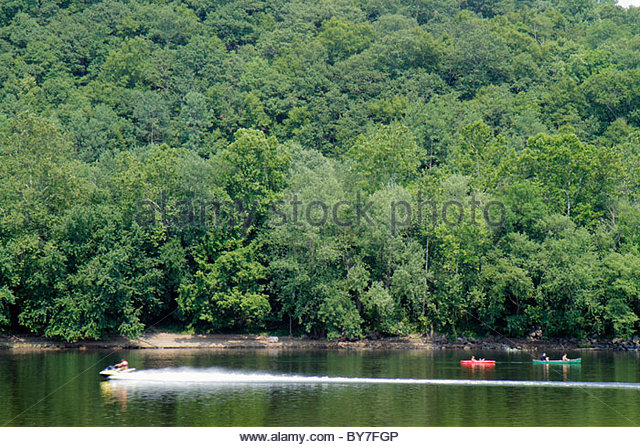 Pennsylvania Point Pleasant Delaware River New Jersey view River Country outfitters scenery trees canoe recreation - Stock Image