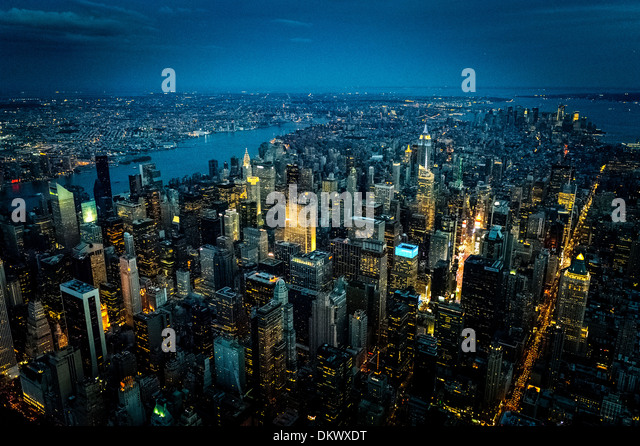 New York City Night shot from Helicopter, Aerial photo New York City Midtown Manhattan - Stock-Bilder