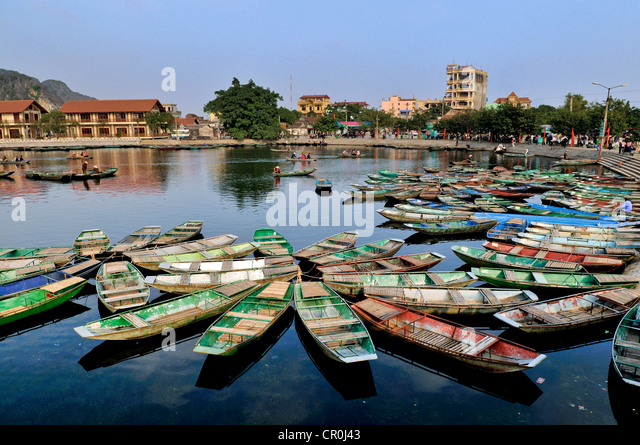 Rowing boats, Tam Coc region, Ninh Binh, dry Halong Bay, Vietnam, Southeast Asia, Asia - Stock Image
