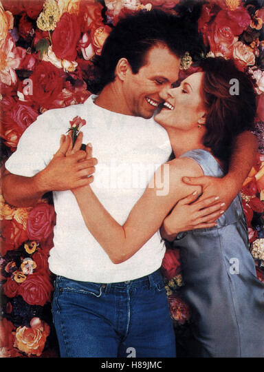 Das Rosenbett, (BED OF ROSES) USA 1996, Regie: Michael Goldenberg, CHRISTIAN SLATER, MARY STUART MASTERSON, Stichwort: - Stock Image