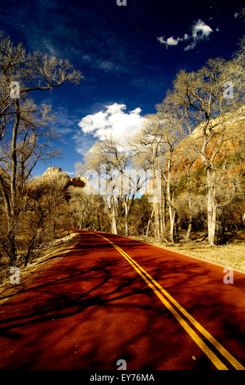 The red highway leading into Zion National Park, Utah - Stock Image
