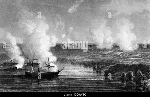 1800s 1860s JULY 1862 UNION GUNBOATS COVERING THE RETREAT OF UNION SOLDIERS FROM THE BATTLE OF MALVERN HILL - Stock Image