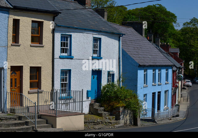 19th century town houses in Ramelton, County Donegal, Ireland. - Stock Image