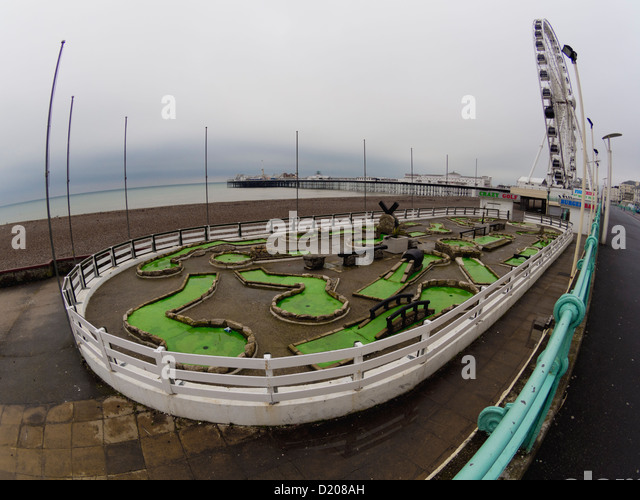 Wide-angle picture of  the crazy golf course on Brighton seafront - Stock Image