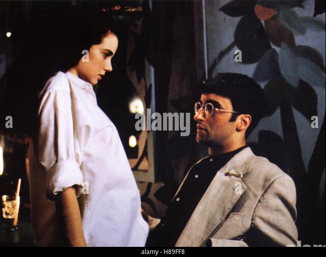 Exotica (1994): Atom Egoyan's Tale of Sexual Desire