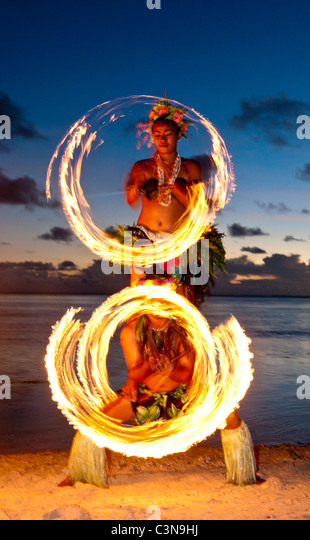 Traditional Fire dancers performing, Shangri-La Resort, Coral Coast, Viti Levu Island, Fiji - Stock Image
