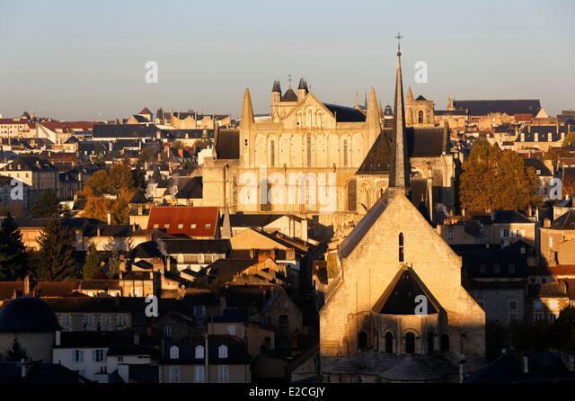 Radegonde stock photos radegonde stock images alamy for Vienne poitiers