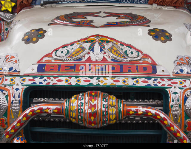 Details from an elaborate and artistically decorated colourful Bedford truck in Pakistani or Indian style, front - Stock-Bilder