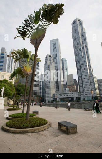 Raffles' Landing Site in front of the Singapore River and the Financial District, Singapore, Southeast Asia - Stock Image