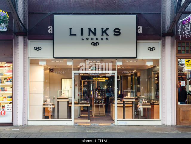 Find your nearest Links of London store locations in United Kingdom.