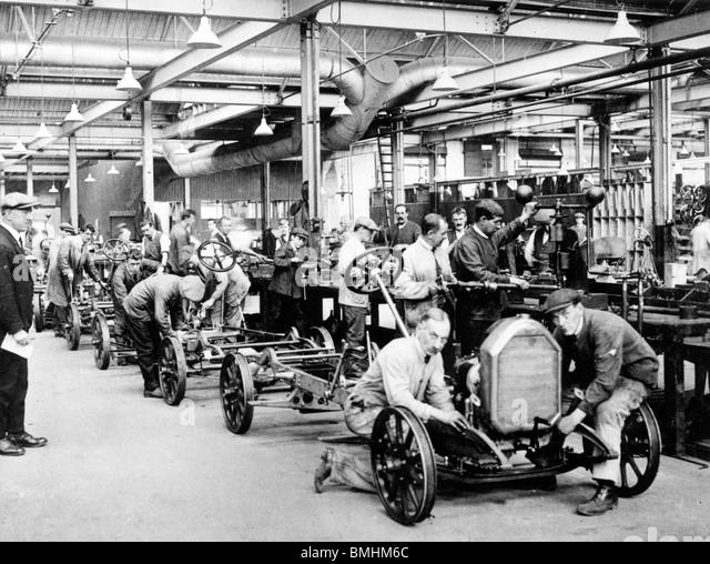 Humber car factory in Coventry 1923 - Stock-Bilder