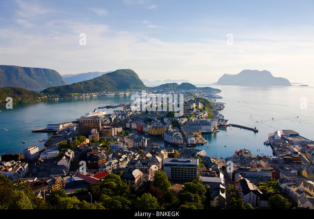 Norway Scandinavia ale sound town city houses homes harbour port Ueberischt water sea travel holidays vacation tourism, - Stock-Bilder