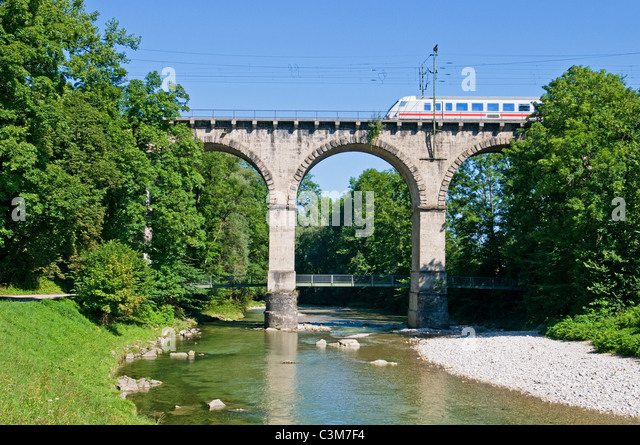 Intercity train on the so called viadukt an Traunstein in Bavaria - Stock-Bilder