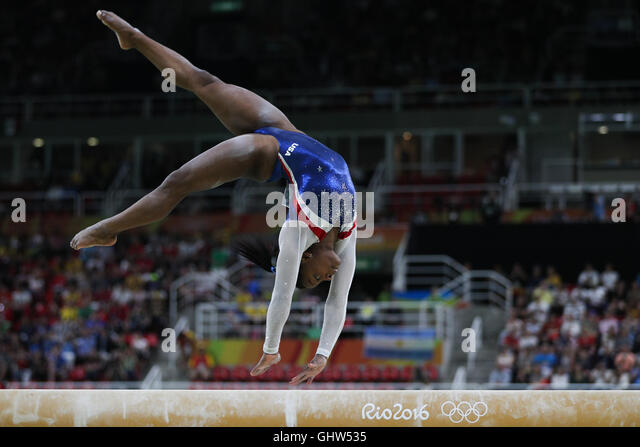Rio De Janeiro, Brazil. 11th Aug, 2016. Simone Biles of the United States of America competes during a balance beam - Stock-Bilder
