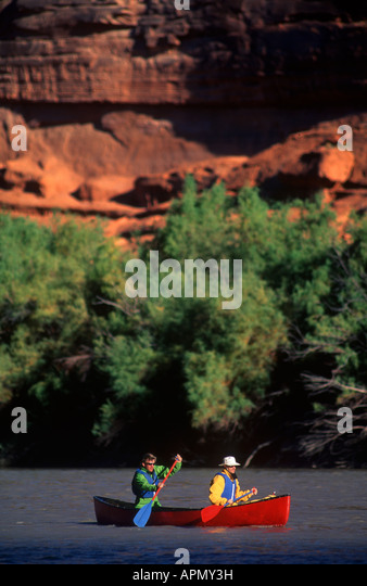 Two men canoeing on the Colorado River near Moab - Stock Image
