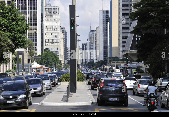 Traffic in the Avenida Paulista street, Sao Paulo, Brazil, South America - Stock Image