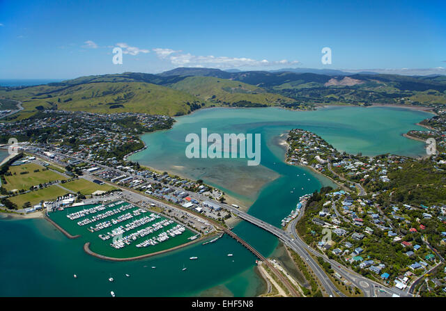 Wellington International Airport To Island Bay