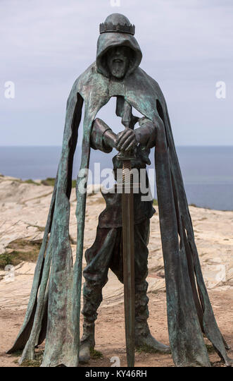 Bronze sculpture known as Gallos (the Cornish word for power) installed on the headland at Tintagel in Cornwall, - Stock Image