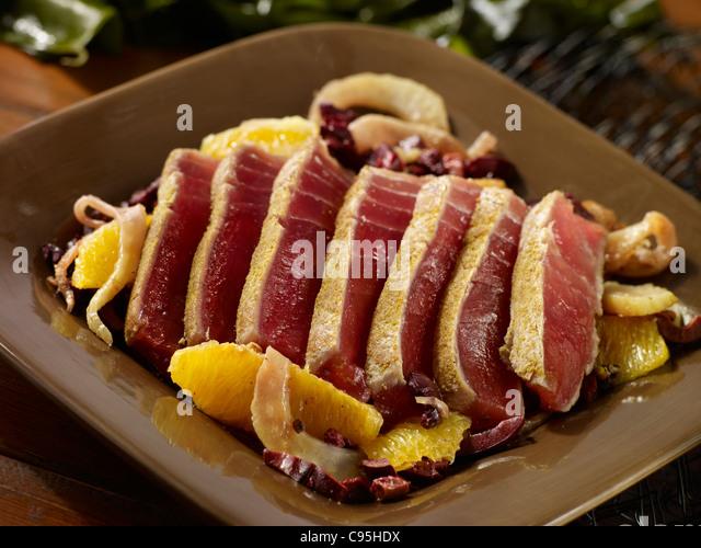 Seared tuna salad - Stock Image