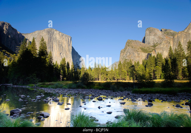 USA, California, Yosemite National Park, Merced River, El Capitan and Valley View - Stock-Bilder