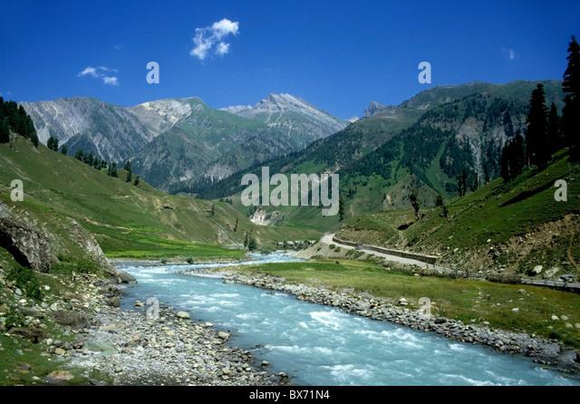Ladakh, Kashmir, India - River between Srinagar and Leh - Stock-Bilder