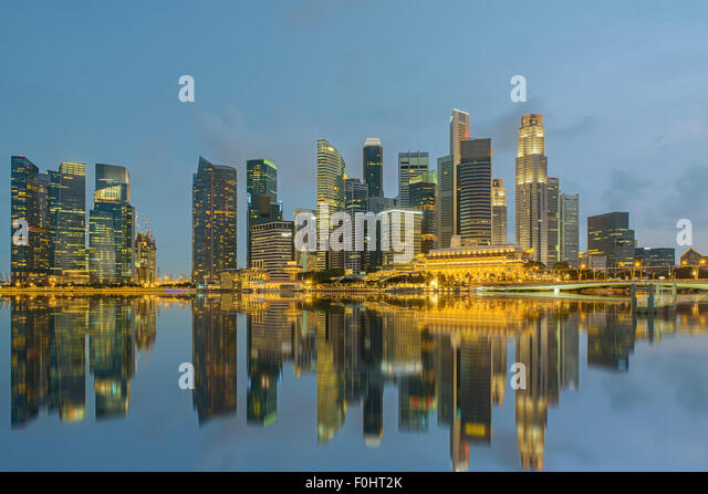 Singapore city skyline at night - Stock-Bilder