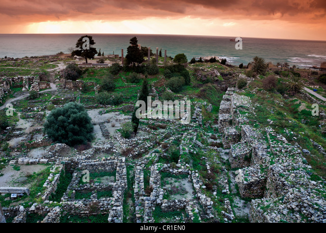 Lebanon, Byblos,  Ruins of ancient Greek city at sunset - Stock Image