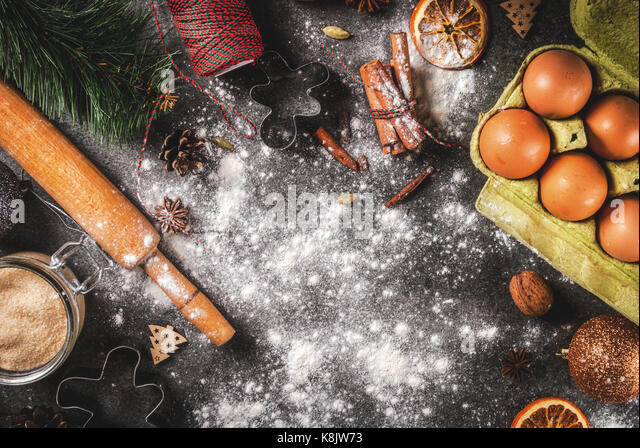 Baking molds stock photos baking molds stock images alamy for Baking oranges for christmas decoration