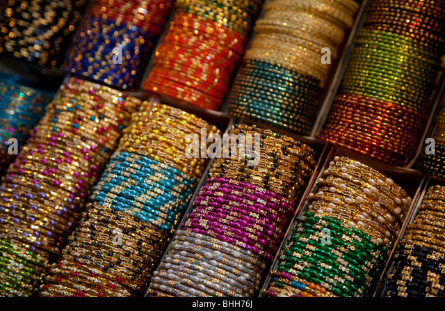 Devaraja market in Mysore, Karnataka, India - Stock-Bilder