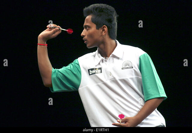 Amit Gilitwala (Indien) at the World Cup of Darts 2014 in the Sport Hall. Hamburg, 06.06.2014 - Stock-Bilder