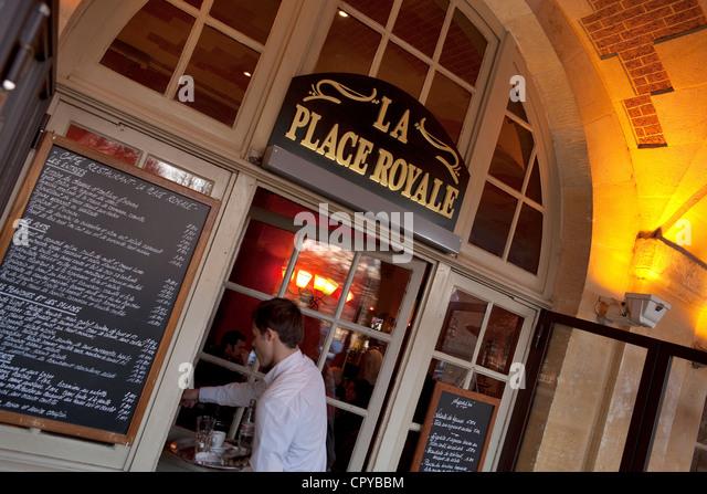 La Lourve French Cafe